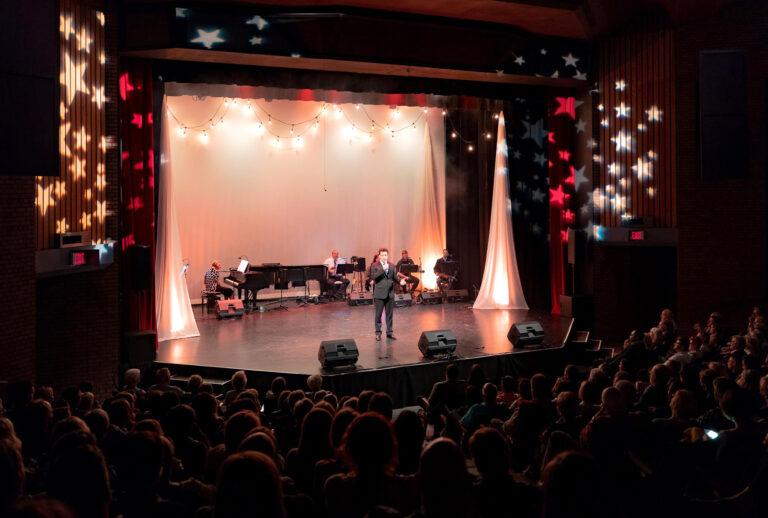 TheatrebytheBayStarsComeOut